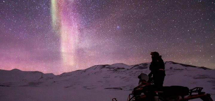 snowmobile-northern-canada-720x340