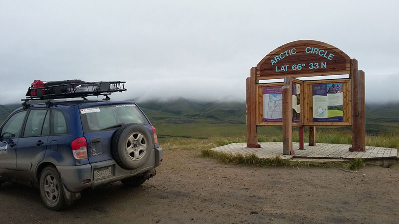 Dempster Highway - Arctic Circle