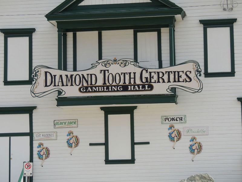Daimond Tooth Gertie's