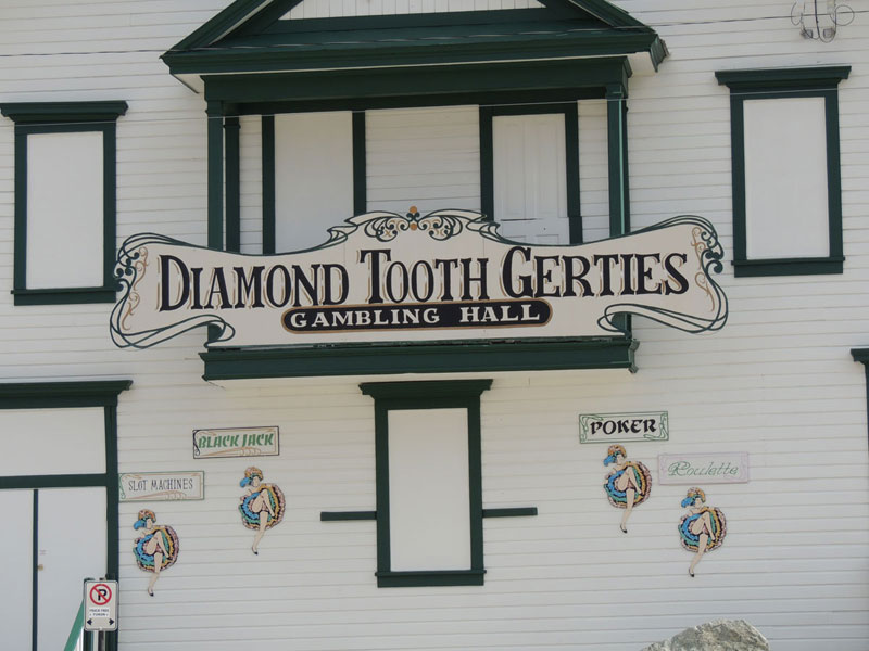 Daimond Tooth Gertie's