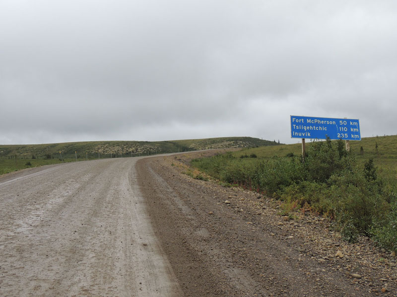 Dempster Highway - gravel