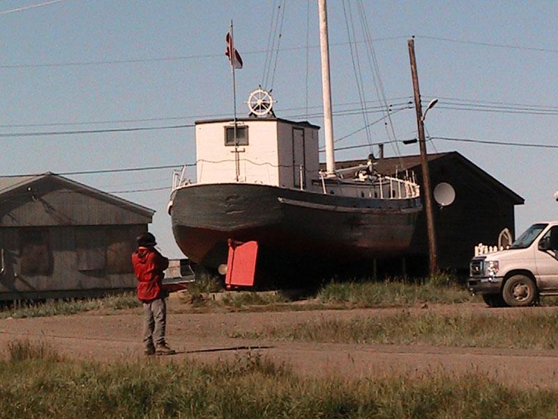 Tuktoyaktuk - schooner