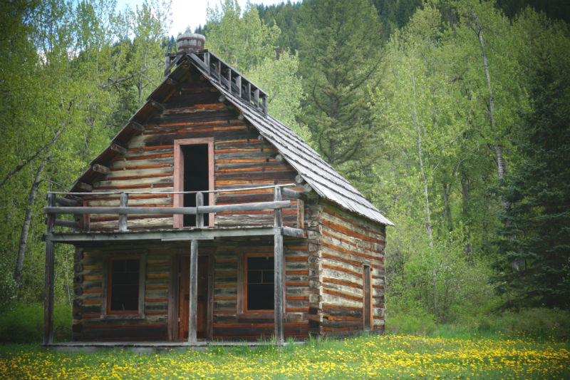 Old cabin at Ghost town of Quesnel Forks, BC