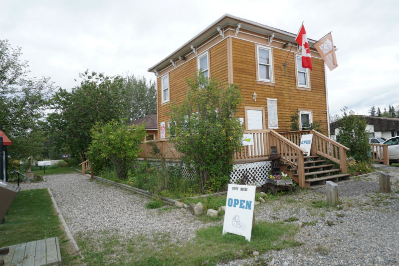 Binnet House and Info Centre Mayo, Yukon