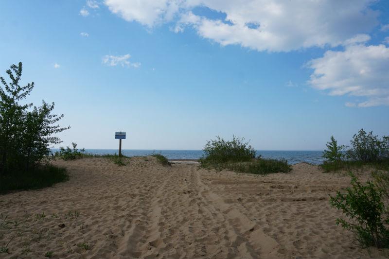 Sandy beach Great Slave Lake