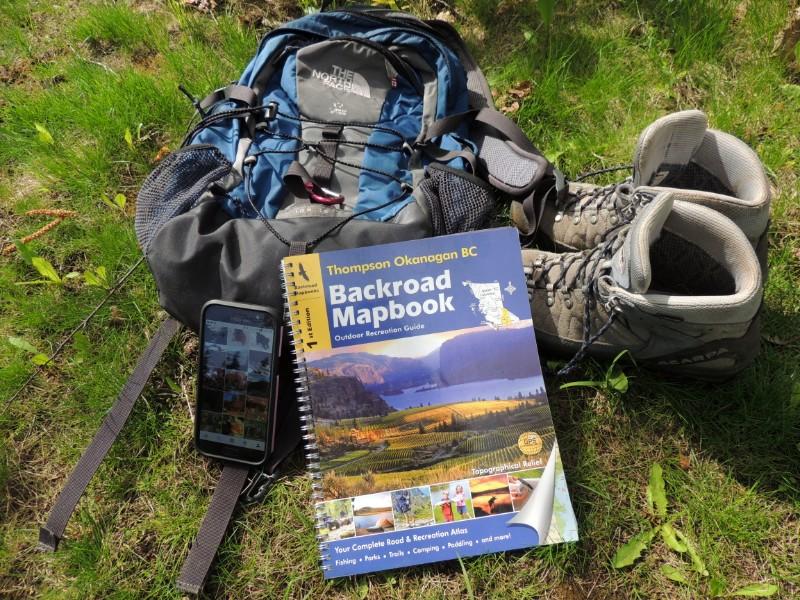 Canada Maps - hiking