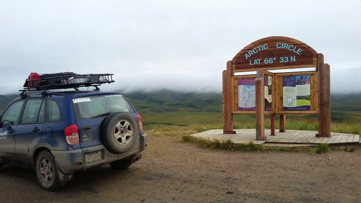 Dempster Highway Arctic Circle gravel road