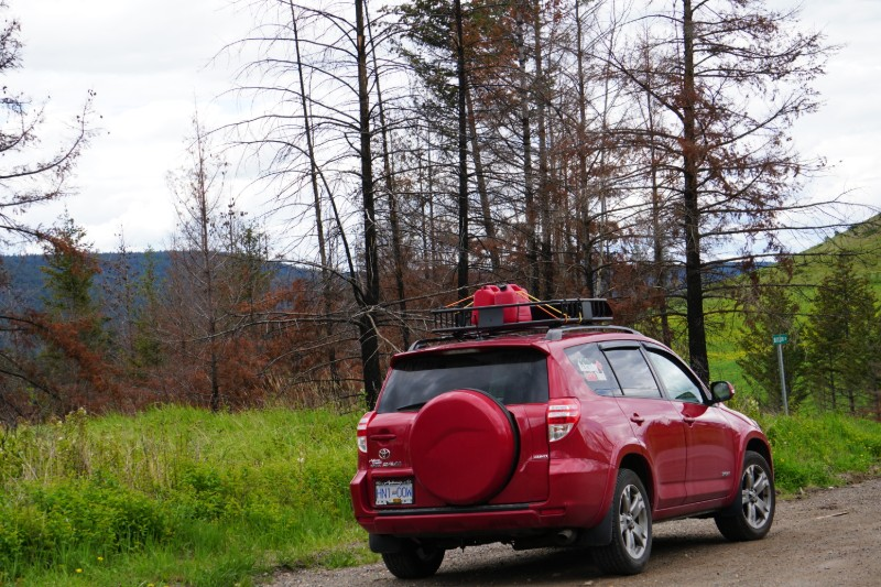 Road trip planner - Spare gasoline on the roof rack