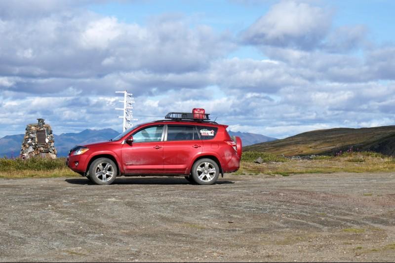 Summit of Keno Hill and signpost, Yukon